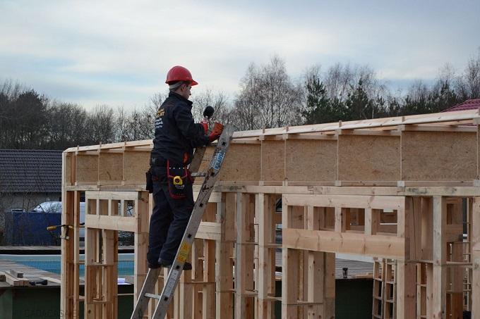 Jak szybko można znaleźć nabywcę i nie stracić na sprzedaży domu energooszczędnego?