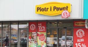 Polskie supermarkety delikatesowe stoją na skraju bankructwa. Jaki los czeka ten segment handlu?