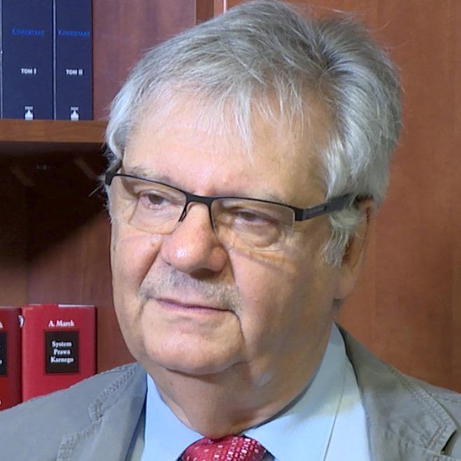 prof. Piotr Kruszyński