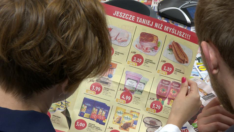 Najbiedniejsi konsumenci rzadko kupują w promocji. Zwykle z takich okazji korzystają lepiej sytuowane osoby