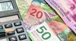 Prawnicy o frankowiczach: Jak nic się nie zmieni, to spory z bankami będą się ciągnąć przez następnych 40 lat