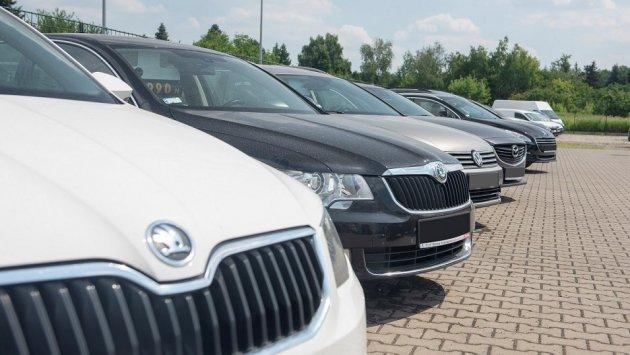 Sprzedaż auta z ukrytą wadą może wpędzić sprzedawcę w kłopoty. Niewiedza sporo kosztuje