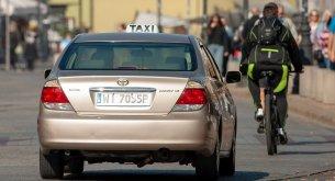 Wykluczenie z rynku Ubera i Taxify może być niezgodne z unijnym prawem? Branża już to sprawdza