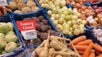 Badanie: Jesienią i zimą Polacy oczekują więcej promocji na owoce i warzywa