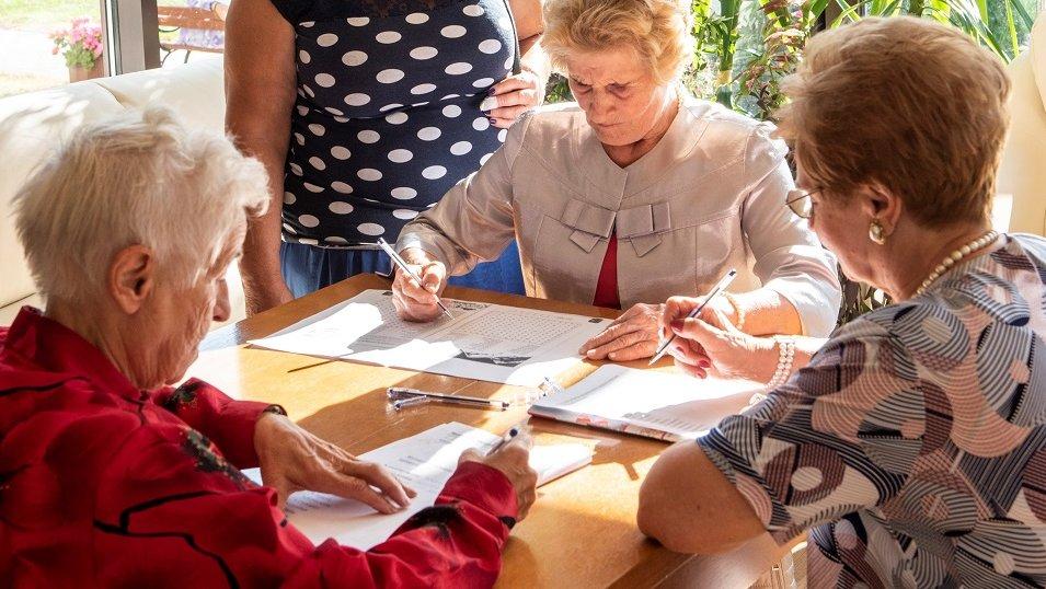 Cudzoziemcy nie uratują rynku opieki nad seniorami. Eksperci: Musimy myśleć o innych rozwiązaniach