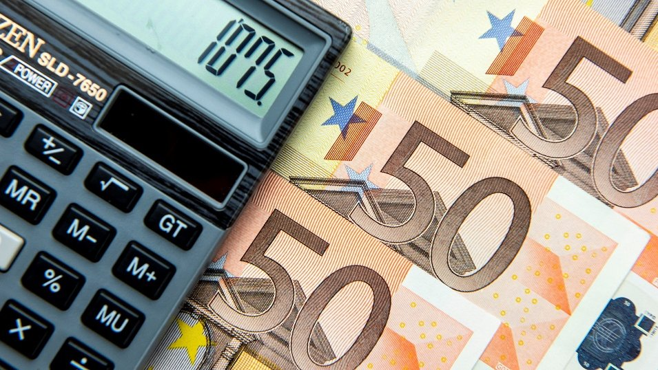 Ekonomiści niezdecydowani w sprawie wejścia Polski do Eurolandu. Żaden moment nie będzie na to dobry