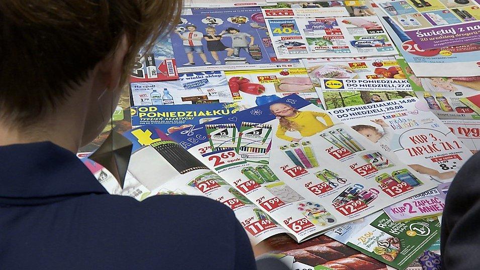 Branża ma problem z papierem. Do konsumentów może trafić nawet połowa gazetek mniej niż rok temu