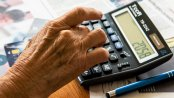 Emeryci coraz częściej będą wpadać w spiralę zadłużenia. Głównie przez drogie leczenie, leki i rehabilitację