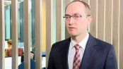 J. Sadowski: Mimo wysokiej sprzedaży mieszkań, klienci nie mają co myśleć o spadku bankowych prowizji