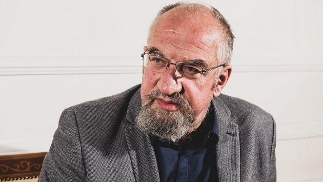 """Prof. Modzelewski: Podatki nie wzrosną przez rządowe """"rozdawnictwo"""". Odpowiednie rezerwy są w VAT i akcyzie"""