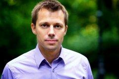 S. Starzyński: Zbyt wysokie koszty wdrożeniowe wstrzymują w Polsce rozwój sztucznej inteligencji