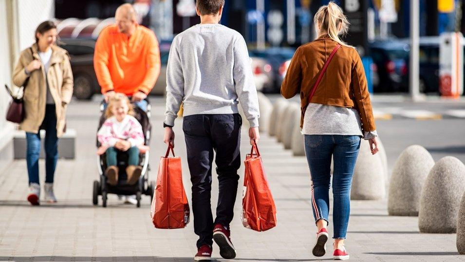 Młody konsument jest bardziej lojalny wobec Biedronki czy Lidla? Pierwsze takie badanie w Polsce