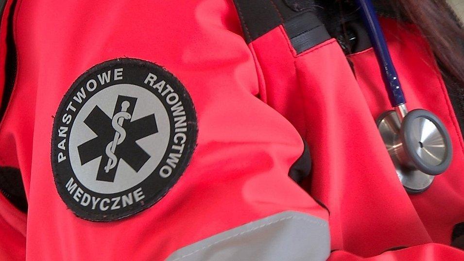 Ratownicy porzucają wyuczony zawód na rzecz pielęgniarstwa. Powodem są lepsze zarobki