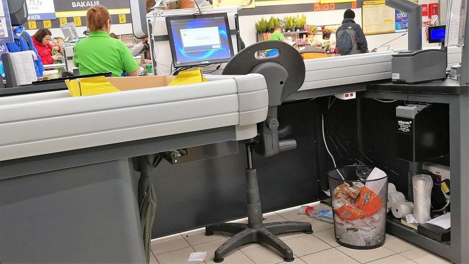 """Raport branżowy """"Jak sklepy dbają o czystość"""": Tylko połowa sieci handlowych ujawnia swoje strategie"""