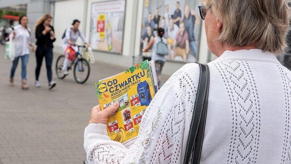 Raport: Sieci wciąż nie wiedzą, kto i jak czyta ich gazetki. Eksperci: Na tym tle odstajemy od Europy