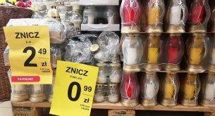 Badanie: Znicze zdrożały o ponad 20%. W sklepach jest też dużo mniej promocji niż rok temu