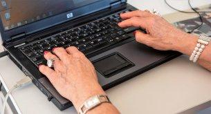 Badanie opinii publicznej: Blisko 40% Polaków zamierza pracować po osiągnięciu wieku emerytalnego
