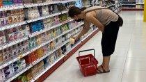 BADANIE: Polacy wydają na kosmetyki średnio 100 zł miesięcznie. O wyborze sklepu głównie decydują promocje