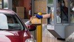 BADANIE: Fast foody wciąż na dużym minusie. Wizyt jest o ponad 40% mniej niż przed pandemią