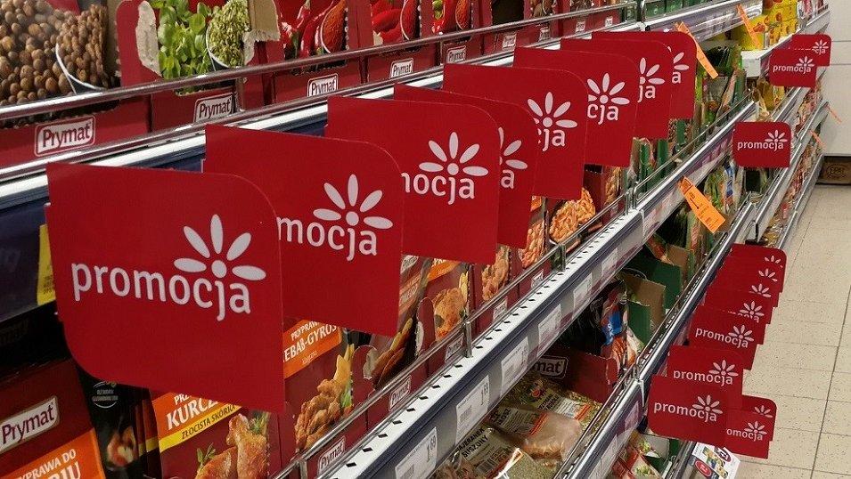 ANALIZA: W sklepach jest dużo mniej promocji niż rok temu. W niektórych formatach widać spadki nawet o 80%