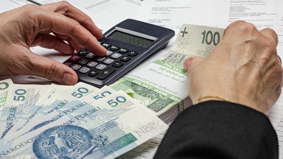 ANALIZA: Split payment z nowym problemem. Eksperci ostrzegają przed możliwymi oszustwami