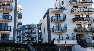 ANALIZA: Rynek nieruchomości zaczyna się przegrzewać. W Internecie przybywa mieszkań na sprzedaż