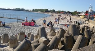W tym roku Polacy postawili na urlop w kraju. Tylko co piąty badany wyjechał za granicę