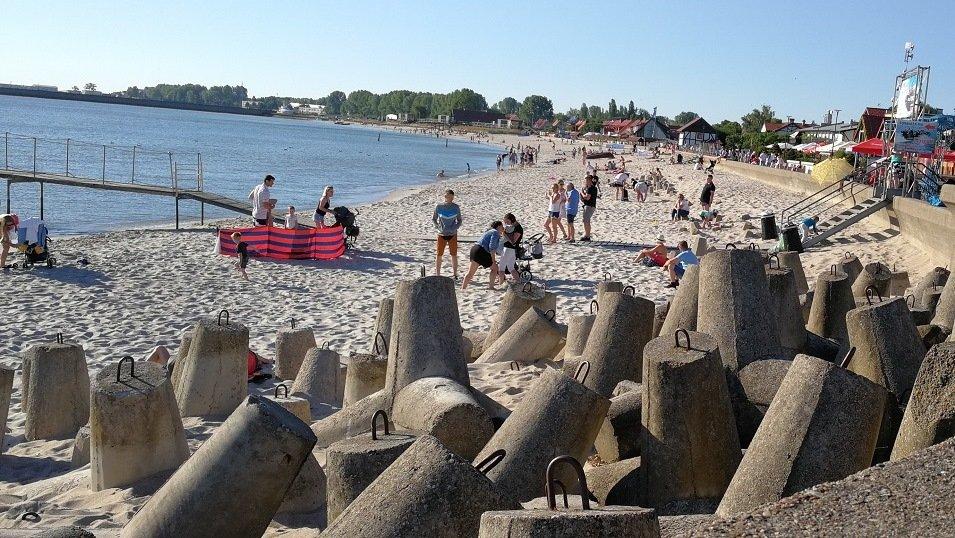 BADANIE: W tym roku Polacy postawili na urlop w kraju. Tylko co piąty badany wyjechał za granicę
